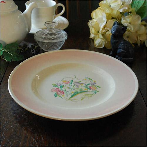 スージークーパーのプレート(陶器)