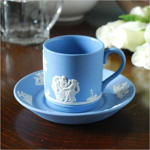 ウェッジウッドジャスパーウェアのカップ&ソーサー(炻器)