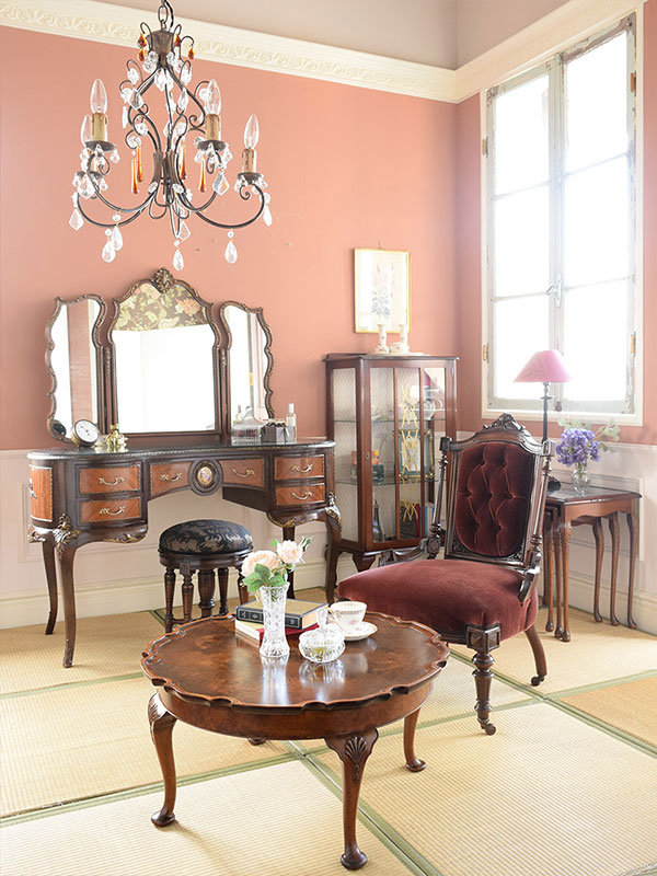 3stepでつくるカブリオールレッグのもっと優雅な世界step3和室でトータルコーディネート