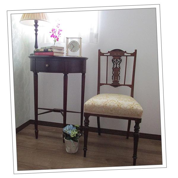 埼玉県にお住いのTさまから届いたテイパードレッグの家具の写真