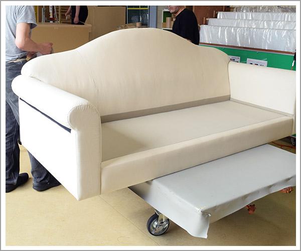オリジナルソファの製造過程、33本体の完成