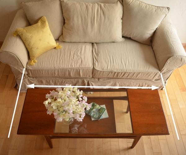 ローテーブルの横幅はソファの座面を基準に選ぶ