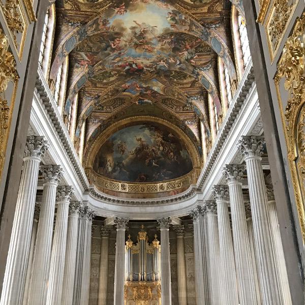 ヴェルサイユ宮殿、2階からみた王室礼拝堂