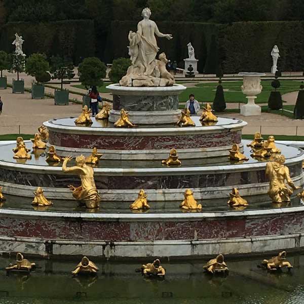 フランスヴェルサイユ宮殿、庭園、ラトナの泉