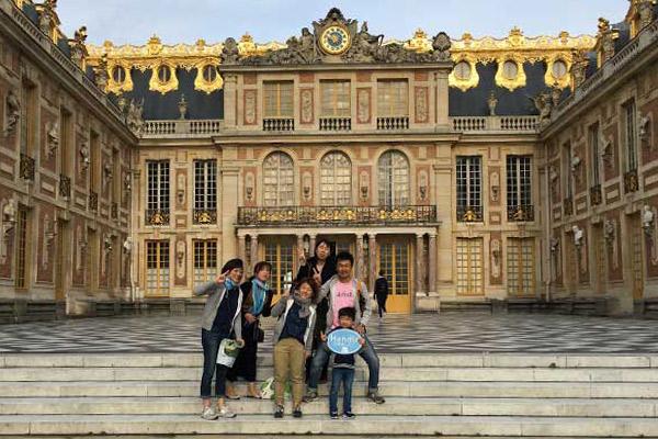 豪華絢爛なヴェルサイユ宮殿