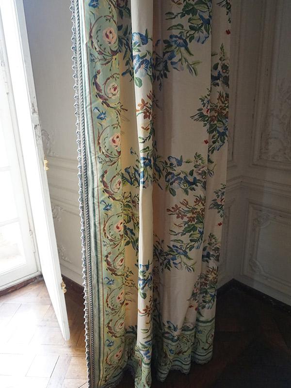 ヴェルサイユ宮殿、マダム・ヴィクトワールのカーテン