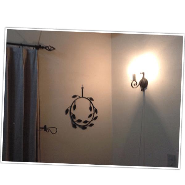 埼玉県Sさまから届いた壁付けブラケットを取り付けたお部屋のお写真