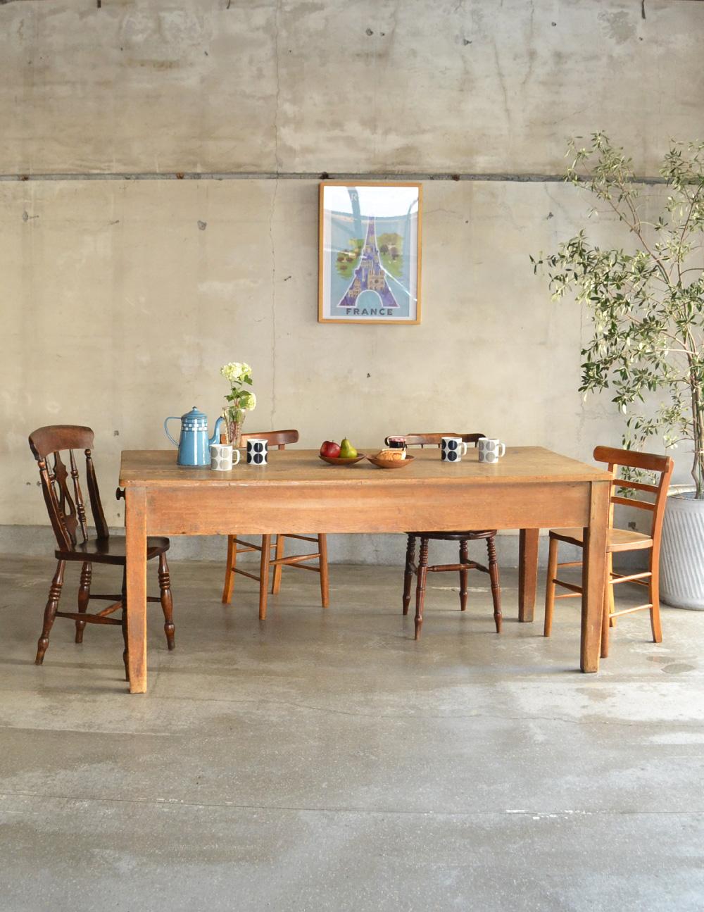 シンプルなアンティーク家具、6〜8人掛けのダイニングテーブル(h-001-f