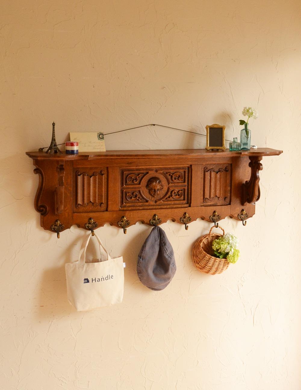 フランスアンティークの壁付け家具、芸術的な彫のウォールハンガー (j