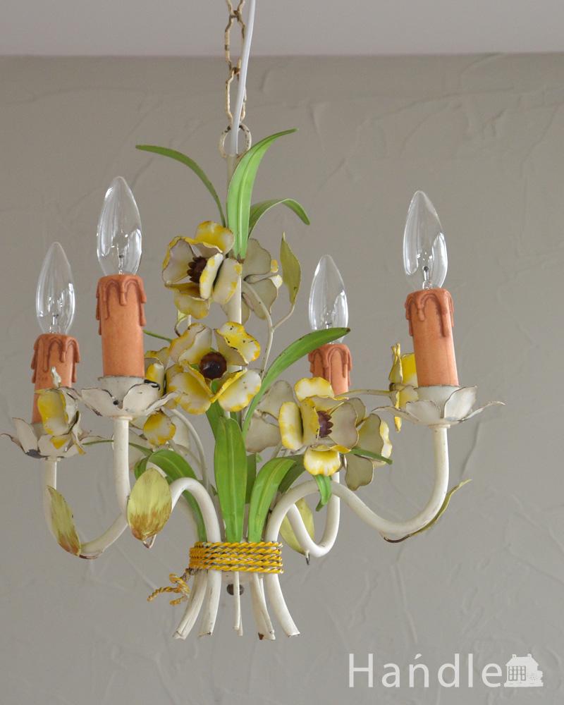花束みたいに可愛いアンティーク シャンデリア(4灯)(E17シャンデリア球付) (k-2010-z)
