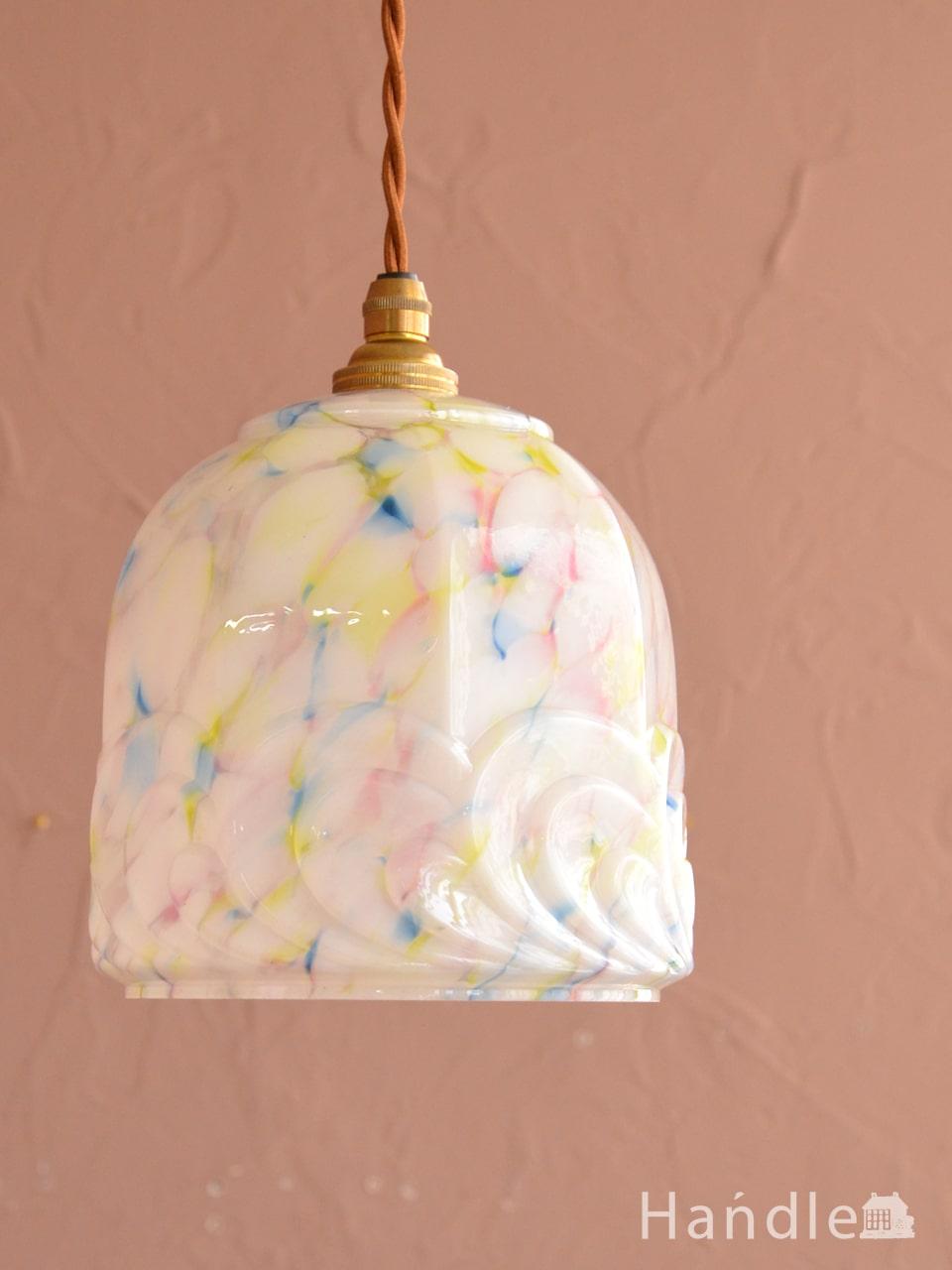 アンティークのおしゃれな照明、アールデコ調の型押しが美しいペンダントライト(コード・シャンデリア電球・ギャラリーなし) (m-4413-z)