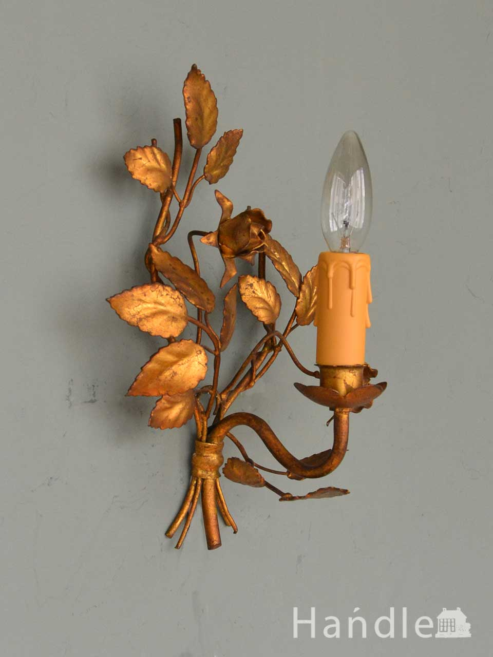 フランスのおしゃれな壁付けシャンデリア、アンティークのバラのウォールブラケット(E17シャンデリア球付) (d-1657-z)