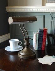 真鍮製デスクランプ(ピアノライト)アンティーク色(電球セット)