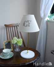 Handleオリジナルランプスタンド+布シェード(モノグラムの刺繍)(E17シャンデリア球付)