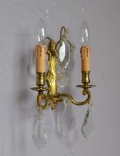 フランスアンティークランプ ガラスアクセサリ付きのウォールブラケット(E17シャンデリア球付)