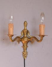 イギリス輸入のアンティーク壁付け照明、真鍮製のウォールブラケット(2灯)(E17シャンデリア球付)