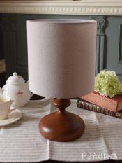 北欧スタイルの布シェード付きのテーブルランプ(E26型LED電球付き)