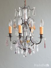 フランスから届いたアンティークのおしゃれな照明、パープル色のガラスが豪華なシャンデリア(4灯)(E17シャンデリア球付)