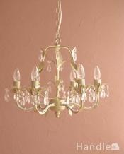 手軽に使えるアクリルガラスがキレイなアンティーク風シャンデリア(6灯)(E12電球付)