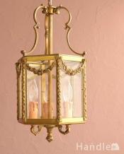 ガーランドの装飾が華やかなアンティークのランタンシャンデリア(3灯・E17シャンデリア球付)