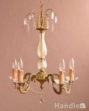 ピンクのガラスが可愛いアンティークの5灯シャンデリア