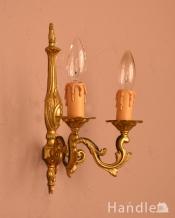 フランスのアンティーク壁付け照明、2灯タイプのウォールランプ(シャンデリア球付き)