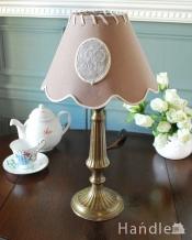 イギリスで見つけた真鍮製のアンティークテーブルランプ(E17シャンデリア球付き)