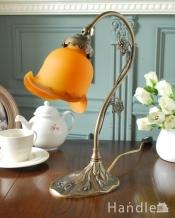 フランスから届いたテーブルランプ、ガラスシェードのアンティーク風ランプ(E17丸球付)