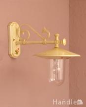 アンティーク調のおしゃれな外灯、お花の模様のウォールブラケット(アイボリー)(電球セット)