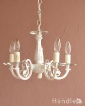 アンティーク調の照明器具、クリスタルのお皿が付いた5灯のシャンデリア(ホワイト)
