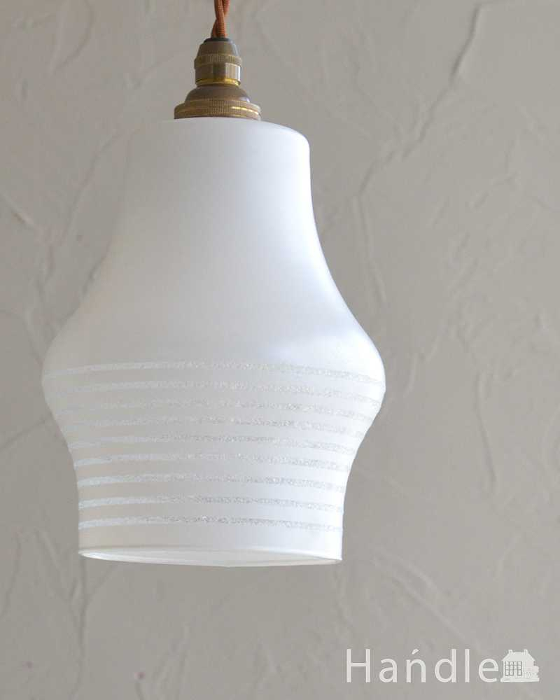 和室にも似合うアンティークのペンダントライト(コード・シャンデリア電球・ギャラリーなし) (k-2192-z)