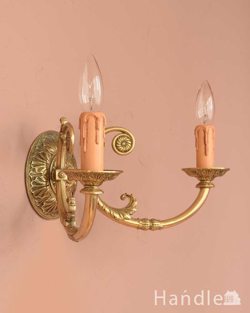 キラッと輝く美しさでお部屋を彩るアンティークのウォールランプ(E17シャンデリア球付) (k-3275-z)