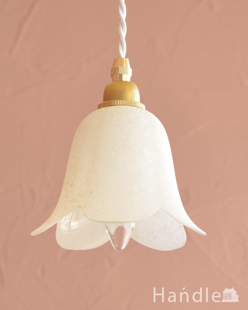 お花の形をした可愛いガラスのペンダントライトセット(コード付き・E17シャンデリア球・ギャラリーなし) (pl-307)