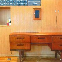 アンティークのデスク・書斎机