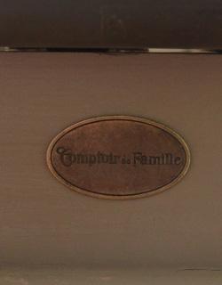 コントワールドファミーユ アンティーク風 コントワール・ド・ファミーユのディスプレイテーブル(ムーブルペイント)。コントワール・ド・ファミーユのタグがついています。(cff-64)