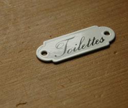 洗面・トイレ 住宅用パーツ ホウロウ製の小さくて可愛い トイレットプレート (トワレ・ミニ)。市販のネジで2ヶ所を留めて下さい。(sa-012)