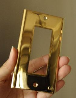 スイッチ・スイッチカバー 住宅用パーツ 真鍮スイッチプレート(3スイッチタイプ)。※ワイドスイッチタイプには対応していません。(sc-08-c)