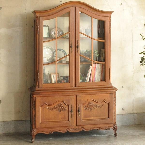 フランスのアンティークの食器棚