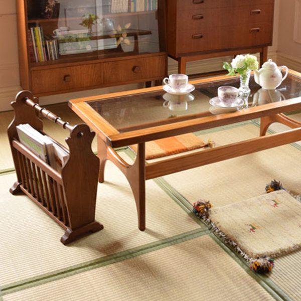 和室で使うマガジンラック